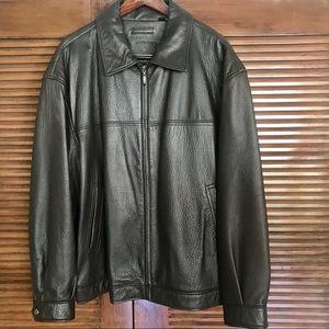 ROUNDTREE and YORKE Leather Bomber Jacket 2XL